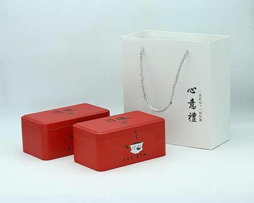 红色茶碗马口铁罐